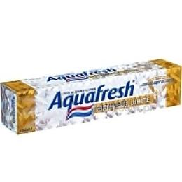 "Aquafresh зубная паста ""Ultimate Whitening"""